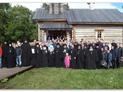 Митрополит Константин возглавил торжества по случаю 500-летия Клименецкого монастыря